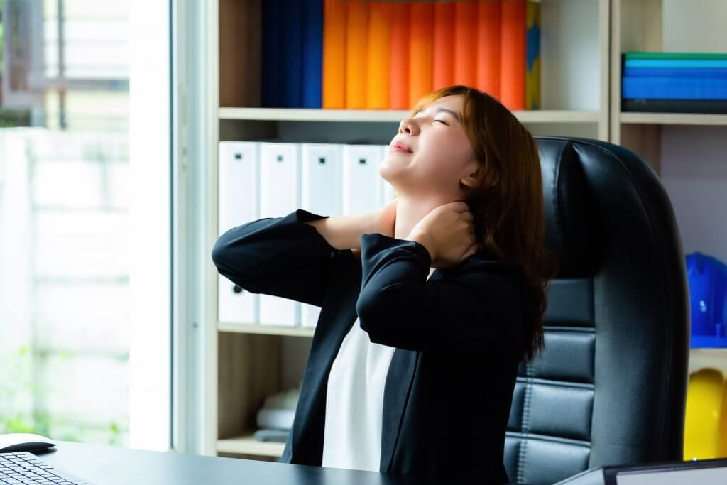 young working woman neck pain